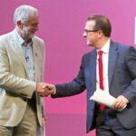 Unas 647,000 personas elegirán al próximo líder laborista británico