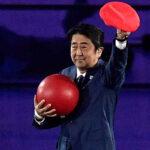 Primer ministro de Japón llega a Río con la ayuda de Mario Bros