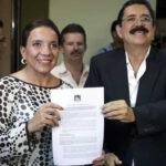 Honduras: Esposa de exmandatario Zelaya anuncia que buscará la Presidencia