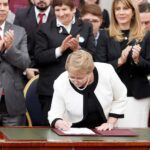 Michelle Bachelet promulga ley para combatir corrupción chilena
