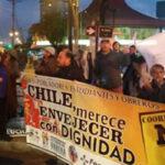 Chile: Cacerolazos de protesta contra las AFP en todo el país (VIDEO)