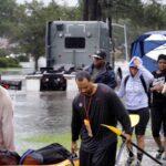 EEUU: Seis muertos y 20,000 rescatados por fuertes inundaciones