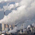 China penaliza a 2,000 funcionarios por no proteger medio ambiente