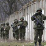 Ucrania pone en alerta de combate a sus tropas en frontera con Crimea