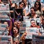 Turquía: Detienen a 17 periodistas de diario prokurdo clausurado