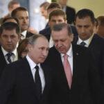 Turquía propone a Rusia operaciones conjuntas contra el Estado Islámico en Siria