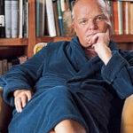 Julien's subastará las cenizas del escritor Truman Capote en Los Ángeles