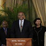 EEUU: Secretario de Transporte viajará a Cuba para llegada de primer vuelo
