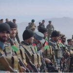 Afganistán: Liberan a más de cien militares y civiles presos de talibanes