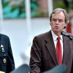 Carlos Basombrío descarta maltrato a la Policía por pases al retiro