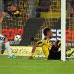 Bundesliga: Dortmund se impone 3-1 al Friburgo y espera al Real Madrid