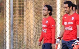 Jorge Valdivia y Claudio Bravo
