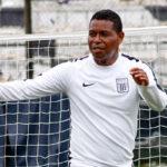 Alianza Lima: Juan Jayo dirigió práctica ante la salida de Roberto Mosquera