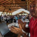Las FARC construyen parque temático como símbolo de paz y reconciliación