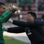 Perú cada vez más lejos de llegar a Rusia 2018 al caer 2-0 con Bolivia