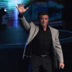 """México: Stallone anima a jóvenes a enfrentar las """"peleas"""" de la vida"""