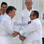 Colombia: Presidente Santos y Timochenko firman Acuerdo de Paz (VIDEO)