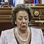 España: Rita Barberá se aleja del partido de Rajoy pero sigue en Senado