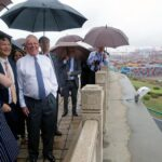 Kuczynski finaliza su viaje a China con visita a gigante Huawei
