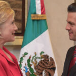 Hillary Clinton no aceptó invitación del presidente Peña Nieto a exposición