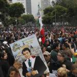 Más de un millón despidieron a Juan Gabriel en Palacio de Bellas Artes