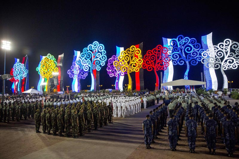 NI5008. MANAGUA (NICARAGUA), 02/09/2016.- Integrantes del Ejército de Nicaragua marchan en un acto por el 37 aniversario del Ejército de Nicaragua hoy, viernes 2 de septiembre de 2016, en la Plaza de los Estudiantes en Managua (Nicaragua). EFE/Jorge Torres