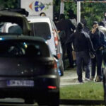 Francia: Operativoterminó conpolicía apuñalado y sospechosa baleada