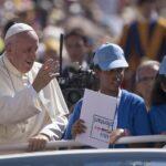 "El Papa Francisco invita a rezar por Brasil ""en este momento triste"""
