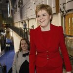 Sturgeon insta a Escocia a independizarse y controlar su destino