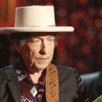 Bob Dylan reconoce el Nobel en su página web y después rectifica