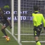 YouTube: El 'ojo de halcón' validó un gol pero la pelota no ingresó