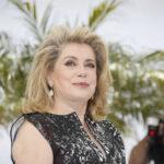 Catherine Deneuve en un emotivo homenaje recibe Premio Lumière