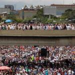 Venezuela: Oposiciòn evalúa suspender marcha al palacio presidencial de Miraflores
