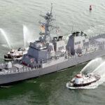 Desde Yemen atacan con misiles a buque destructor de Estados Unidos