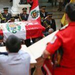 Deudos de bomberos caídos recibieron Medalla Cívica de la Ciudad de Lima