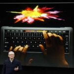 MacBook Pro de Apple: tendrá lector de huellas y barra táctil en teclado