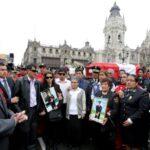 Kuczynski rindió homenaje a bomberos fallecidos en El Agustino