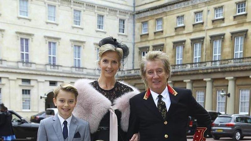 Rod-Stewart-Caballero-Imperio-Britanico_