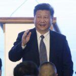 Partido Comunista de China proclama a Xi su líder central a imagen de Mao