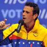 Oposición venezolana se divide: Capriles se retira por juramento de gobernadores