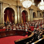 Parlamento catalán aprobó referendo de independencia con o sin autorización del gobierno
