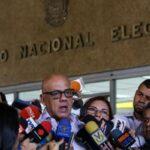 Chavismo dice que la suspensión del revocatorio es señal de justicia
