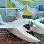 """Irán presentó su primer """"drone suicida"""" armado con bombas"""