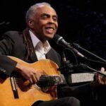 "Gilberto Gil le dedica canción a médica que le ""arrancó"" el corazón"