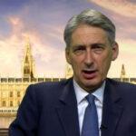 Reino Unido: Gobierno alerta turbulencia por caída de la libra esterlina