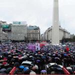 "Argentina: Marcha masiva ""Ni una menos"" contra el feminicidio"