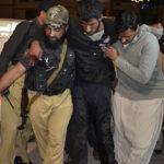 Pakistán: Ataque terrorista a escuela de policías deja 20 muertos