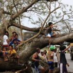 Filipinas: Al menos 8 muertos y 2 desaparecidos tras paso del tifón Heima