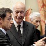 Hollande decreta una reducción de la asignación de los expresidentes
