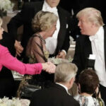 Trump fue abucheado en cena de caridad por insultar a Hillary Clinton (VIDEO)